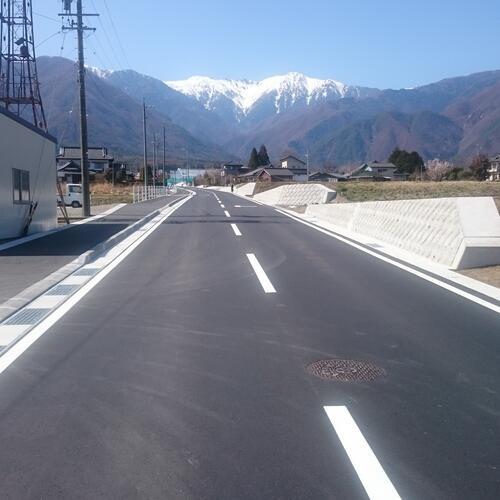 弊社施工の駒ヶ根市の道路改良工事